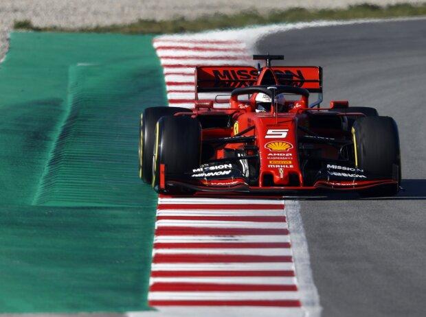 Wir Sind Sehr Stark Vettel Kündigt Noch Quali Runs Von Ferrari An