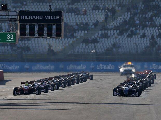 Startaufstellung zum Finale der Formel-3-EM 2018 in Hockenheim