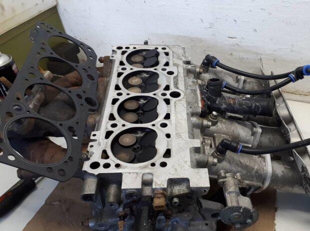 VW Jetta, Motor, Zylinderkopf