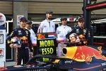 Pierre Gasly (Red Bull) und Max Verstappen (Red Bull)