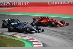 Lewis Hamilton (Mercedes) vor Sebastian Vettel (Ferrari) und  Valtteri Bottas (Mercedes)