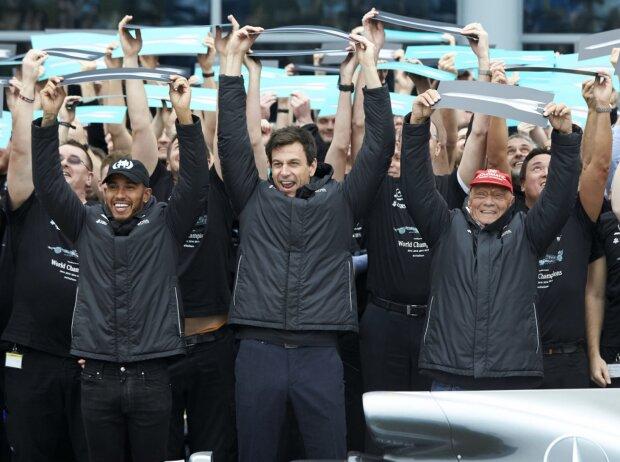 Lewis Hamilton, Toto Wolff, Niki Lauda