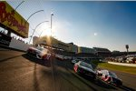Pace-Laps zum Coca-Cola 600 in Charlotte in Three-Wide-Formation