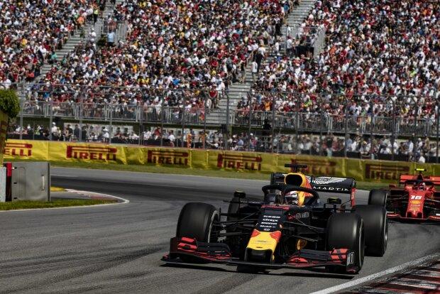 Max Verstappen Charles Leclerc Ferrari Scuderia Ferrari Mission Winnow F1Red Bull Aston Martin Red Bull Racing F1 ~Max Verstappen (Red Bull) und Charles Leclerc (Ferrari) ~