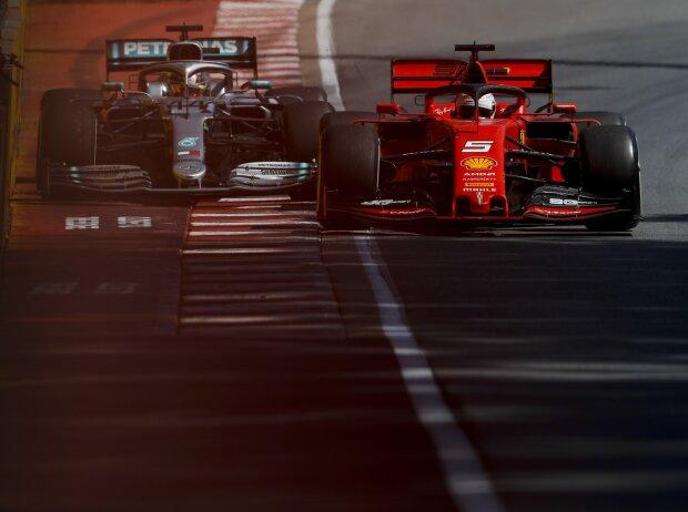 Sebastian Vettel, Lewis Hamilton, Strafe