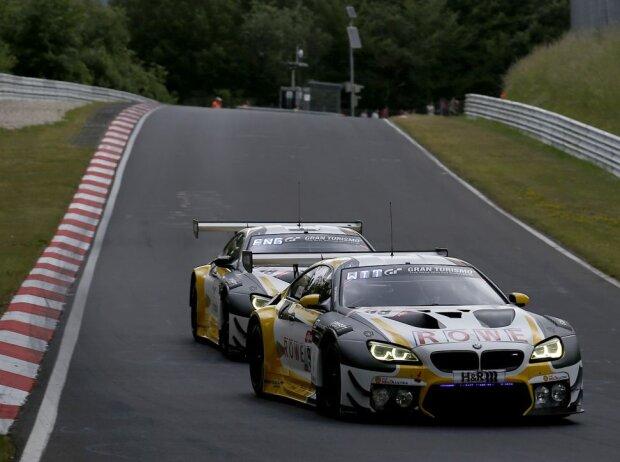 Die beiden Rowe-BMW auf der Nürburgring-Nordschleife