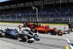 Charles Leclerc (Ferrari), Lewis Hamilton (Mercedes) und Max Verstappen (Red Bull)