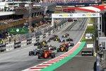 Charles Leclerc (Ferrari), Valtteri Bottas (Mercedes), Lewis Hamilton (Mercedes), Max Verstappen (Red Bull), Lando Norris (McLaren) und Kimi Räikkönen (Alfa Romeo)
