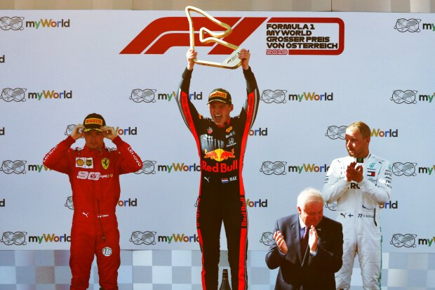 Charles Leclerc Max Verstappen Valtteri Bottas Ferrari Scuderia Ferrari Mission Winnow F1Red Bull Aston Martin Red Bull Racing F1 ~Charles Leclerc (Ferrari), Max Verstappen (Red Bull) und Valtteri Bottas (Mercedes) ~