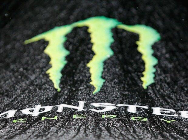 Logo im Regen: Monster Energy