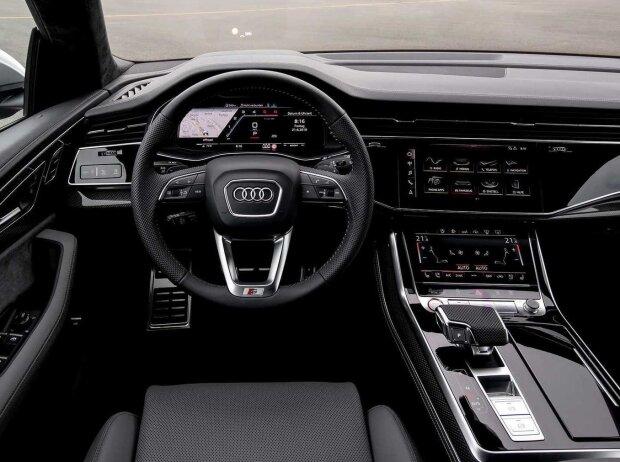 Innenraum und Cockpit des Audi SQ8 TDI 2019