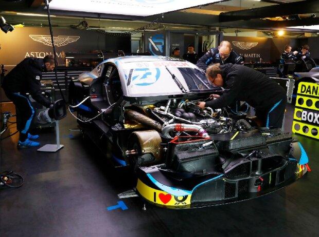 R-Motorsport, Aston Martin, Motor