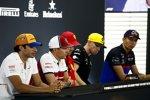 Carlos Sainz (McLaren), Kimi Räikkönen (Alfa Romeo), Sebastian Vettel (Ferrari), Nico Hülkenberg (Renault) und Alexander Albon (Toro Rosso)