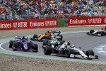 Valtteri Bottas (Mercedes), Alexander Albon (Toro Rosso), Lewis Hamilton (Mercedes) und Carlos Sainz (McLaren)