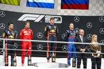 Sebastian Vettel (Ferrari), Max Verstappen (Red Bull) und Daniil Kwjat (Toro Rosso)