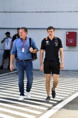 Max Verstappen Jos Verstappen Red Bull Aston Martin Red Bull Racing F1 ~Max Verstappen (Red Bull) und Jos Verstappen ~