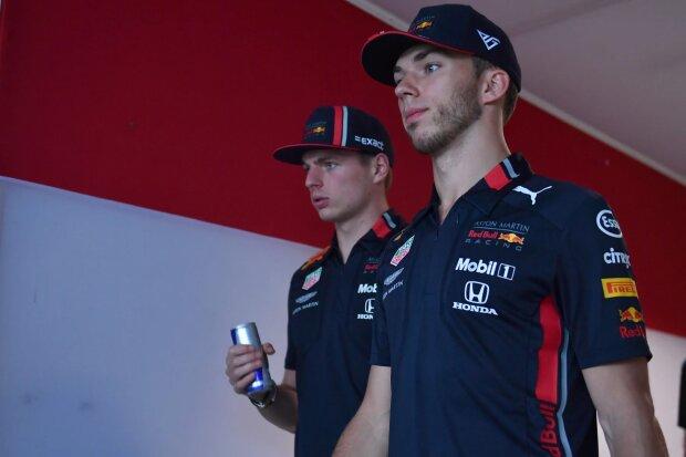 Max Verstappen Pierre Gasly Red Bull Aston Martin Red Bull Racing F1 ~Max Verstappen (Red Bull) und Pierre Gasly (Red Bull) ~
