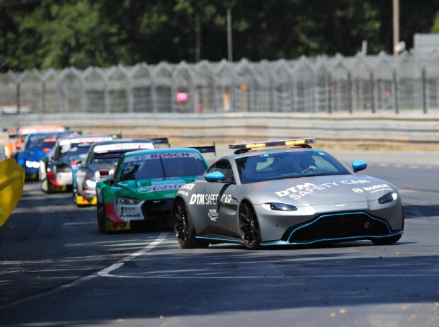 Safety-Car, Aston Martin