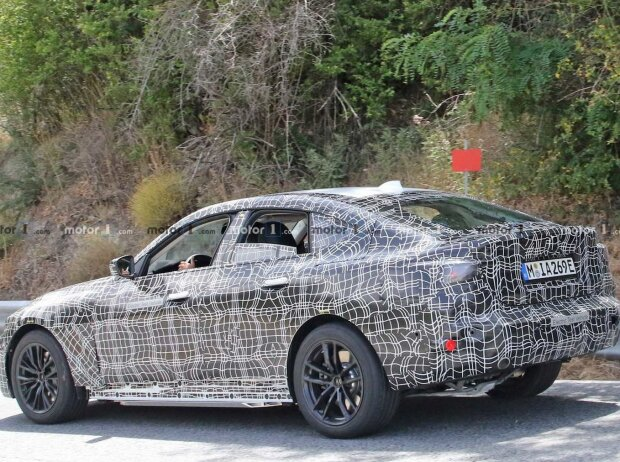 BMW i4 neues Spionfoto