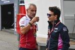 Beat Zehnder (Alfa Romeo) und Sergio Perez (Racing Point)