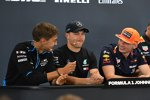 George Russell (Williams), Valtteri Bottas (Mercedes) und Max Verstappen (Red Bull)