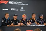George Russell (Williams), Valtteri Bottas (Mercedes), Max Verstappen (Red Bull), Alexander Albon (Red Bull) und Sergio Perez (Racing Point)
