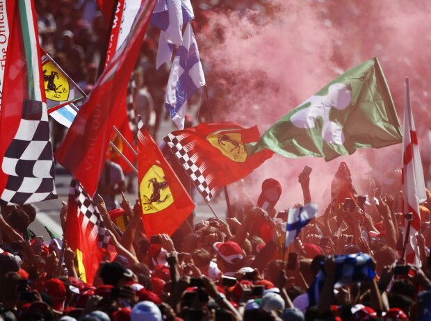 Tifosi: Ferrari-Fans in Monza