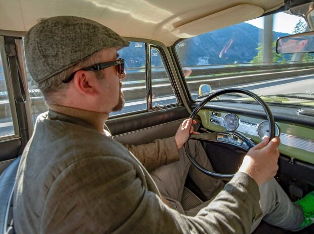 Autor Roland Hildebrandt unterwegs im BMW LS Luxus von 1962
