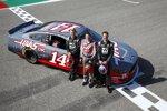 Kevin Magnussen (Haas), Tony Stewart und Romain Grosjean (Haas)