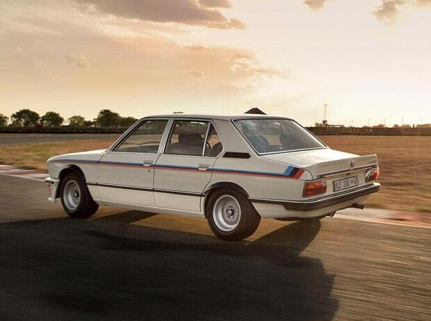 BMW 530 MLE (1976-1977)