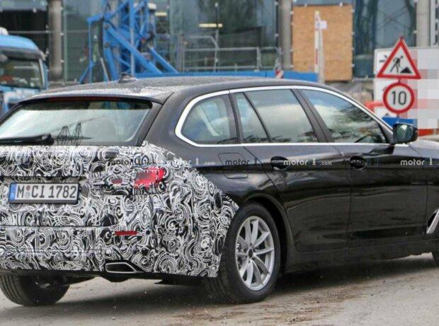 BMW 5er-Reihe Facelift (2020) als Erlkönig erwischt