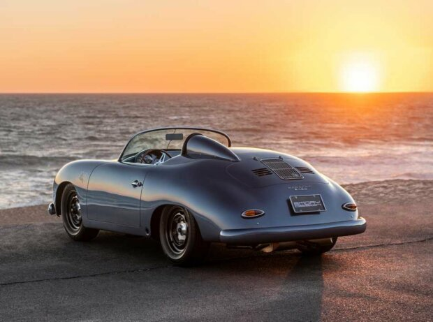 Porsche 356 Speedster Aquamarine Transitional von Emory Motorsport