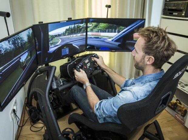 Rene Rast, Simulator