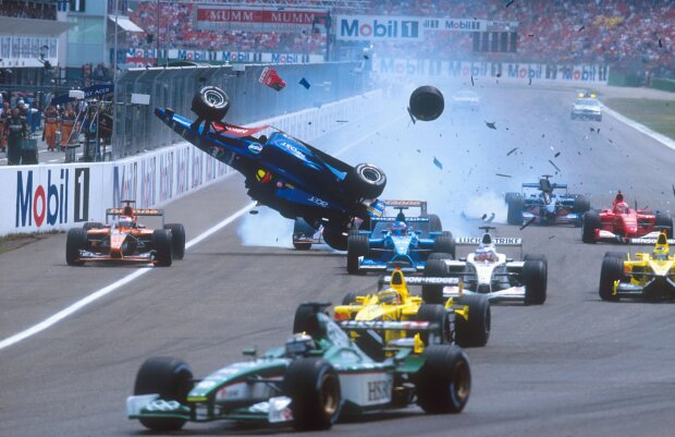Luciano Burti Michael Schumacher Ferrari Scuderia Ferrari F1 ~Luciano Burti und Michael Schumacher ~