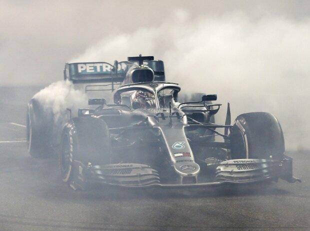 Lewis Hamilton, Donuts
