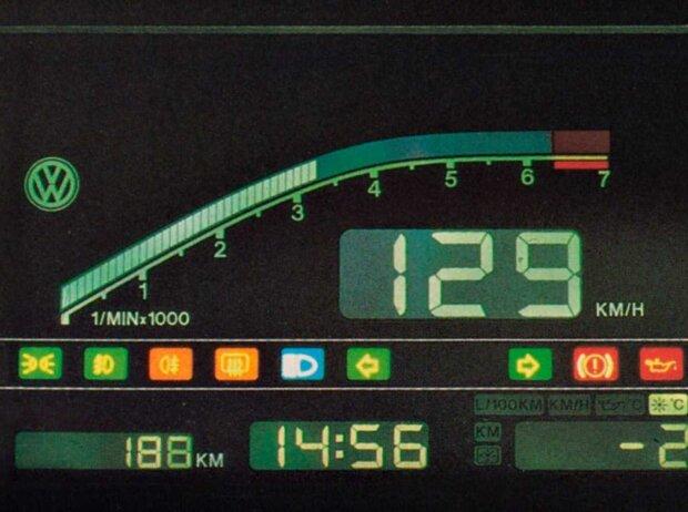DigiFiz im VW Golf II von 1990