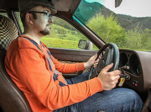Roland Hildebrandt im Zeitreise: Unterwegs im Porsche 924