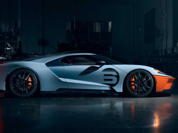 2020 Ford GT Heritage, Liquid Carbon Edition