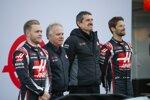 Kevin Magnussen, Gene Haas, Günther Steiner und Romain Grosjean (Haas)