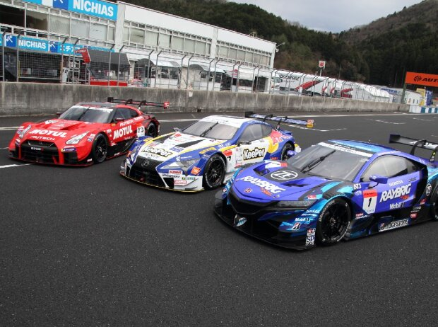 #23 Nismo Nissan GT-R, #37 Team Tom's Lexus LC500, #1 Team Kunimitsu Honda NSX-GT
