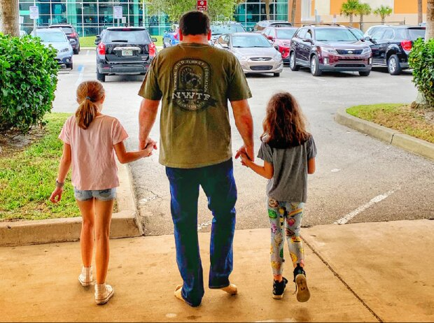 Ryan Newman mit seinen Töchtern Brooklyn und Ashlyn