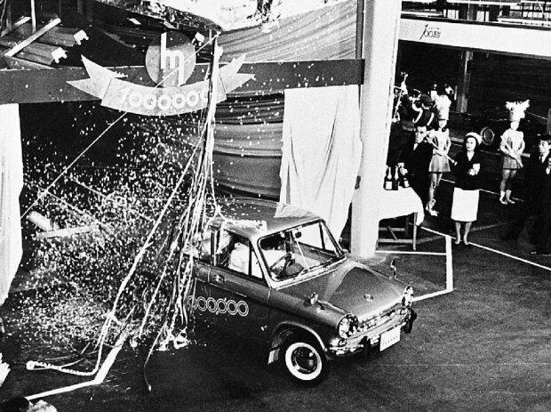 60 Jahre Mazda R360 Coupé