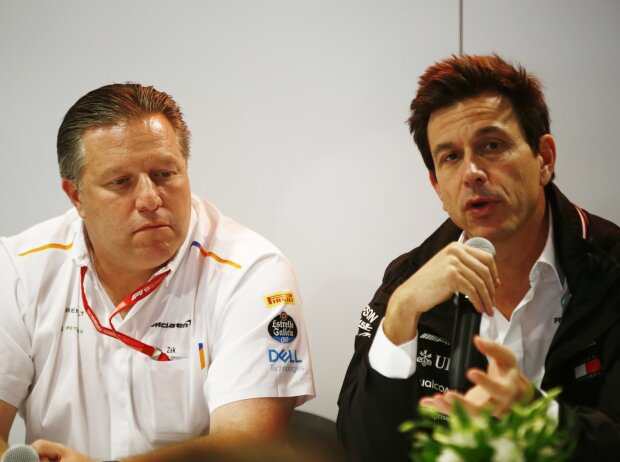 Zak Brown, Toto Wolff