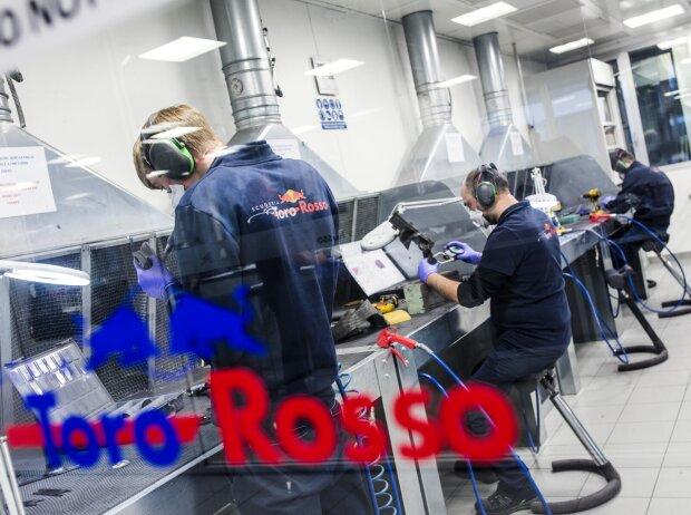 Fabrik von Toro Rosso in Faenza, 2018