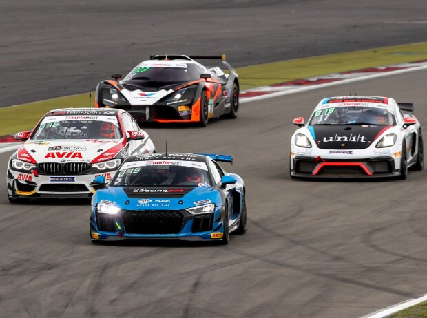 Audi R8 LMS GT4, BMW M4 GT4, Porsche Cayman GT4 CS, KTM X-Bow GT4
