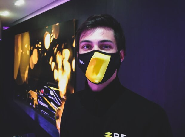 Renault-Gesichtsmaske