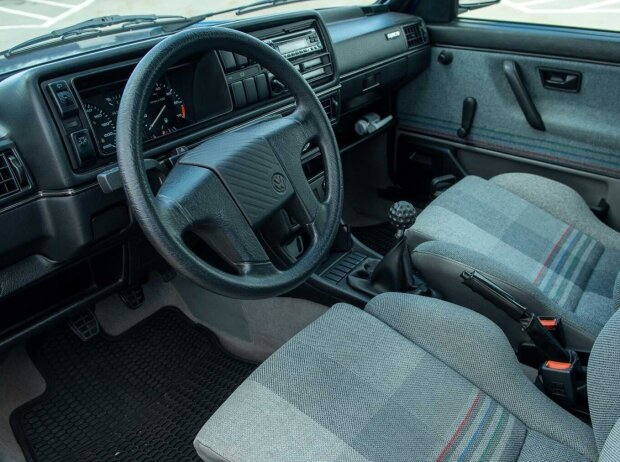 VW Golf Country (1990-1991)