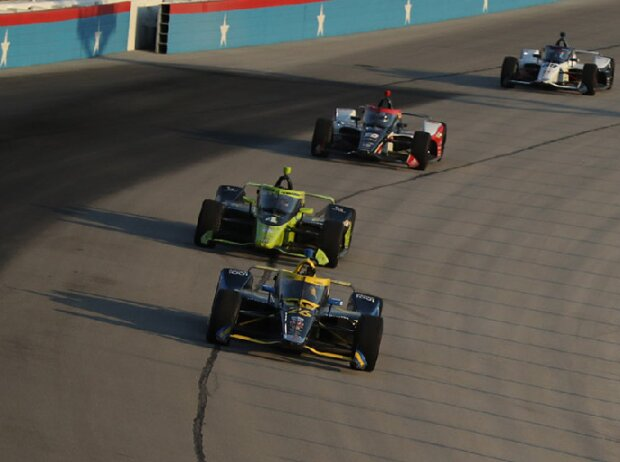 Renn-Action beim IndyCar-Auftakt 2020 in Fort Worth