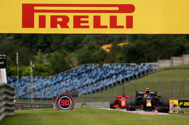 Alexander Albon Sebastian Vettel Ferrari Ferrari F1Red Bull Red Bull F1 ~Alexander Albon (Red Bull) und Sebastian Vettel (Ferrari) ~