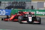 Romain Grosjean (Haas) und Sebastian Vettel (Ferrari)